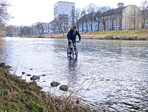 mi-bike-Flusstest in der Limmat