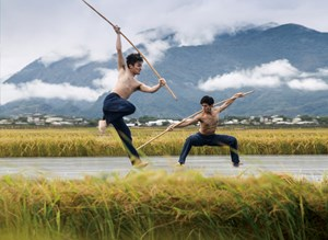 "Tanz im Reisfeld: Welcher Wert wird der Nahrung zugeschrieben? Das Cloud Gate Dance Theatre aus Taipeh gastiert mit ""Rice"" in Innsbruck."