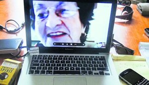 "Per Skype mit der Mutter in Austausch: Chantal Akermans ""No Home Movie"", ein Film der intimen Begegnungen."
