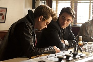 DeHaan und Pattinson in Aktion.