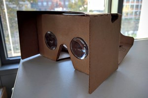 Low-Cost-Virtual-Reality mit Cardboard und Youtube.