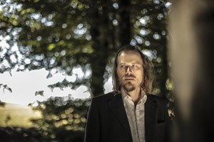 Eloquenter Dramatiker: Songwriter Christian Kjellvander ist auf Tour.