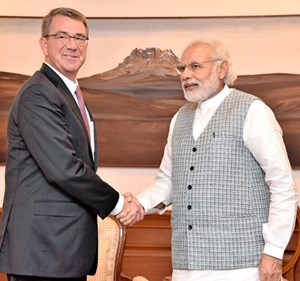 Am Dienstag traf Carter (links) Indiens Premierminister Narendra Modi.