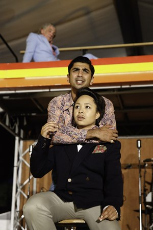 Rivalen: Proteus (Dharmesh Patel), Thurio (Amber James, re).