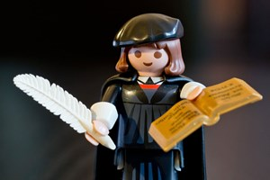 Martin Luther in der Playmobil-Version.