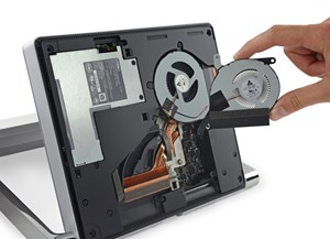 iFixit hat den Microsoft All-In-One-PC Surface Studio zerlegt.