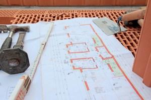 wienerberger chef niederrei en und neu bauen w re oft besser unternehmen. Black Bedroom Furniture Sets. Home Design Ideas