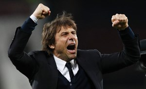 Emotionen bei Chelsea-Trainer Antonio Conte.