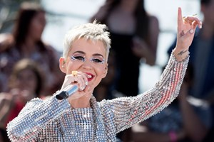 US-Popstar Katy Perry hat nun 100 Millionen Follower auf Twitter. Wir gratulieren.
