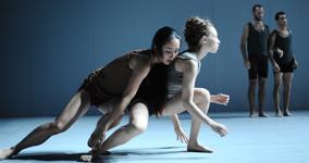 foto: © batsheva dance company – gadi dagon