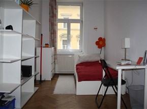 Zimmer 12,3 m2