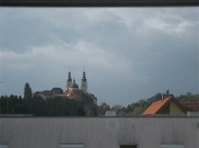 Blick vom Balkon auf Basilika Mariatrost