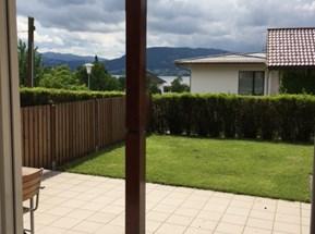 Blick von Wohnung in den Garten