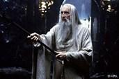Christopher Lee brilliert als Zauberer Saruman