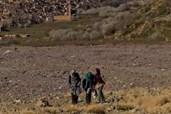 Kinder müssen kilometerweite Strecken zurücklegen
