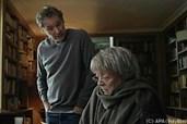 Mathias will die alte Lady aus dem Haus haben