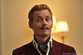 Gewöhnungsbedürftig: Johnny Depp mit Schnauzer