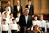 Leiter Carvelle (Dustin Hoffman) fördert Stet