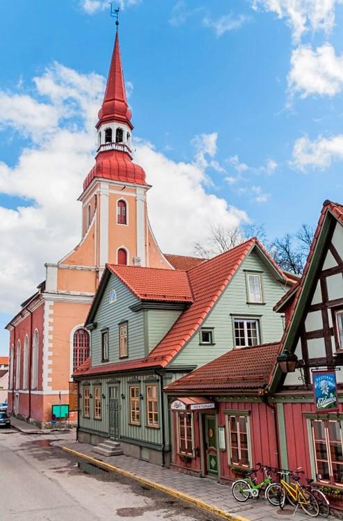 estland: bei den neuen und alten balten - estland urlaub, Esstisch ideennn