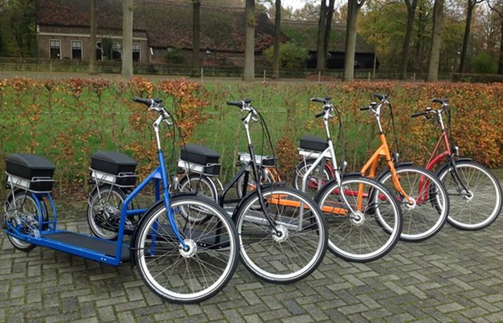 entrisches e bike ein laufband auf r dern fahrrad. Black Bedroom Furniture Sets. Home Design Ideas