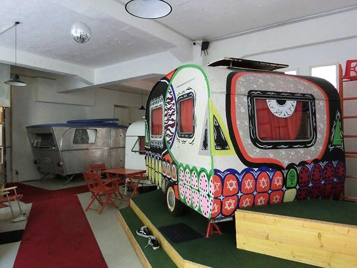 hotel h ttenpalast indoorcamping in berlin seite 1 deutschland urlaub. Black Bedroom Furniture Sets. Home Design Ideas