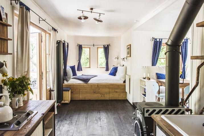 die tiny house bewegung kommt in sterreich an. Black Bedroom Furniture Sets. Home Design Ideas