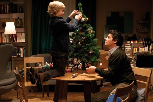 http://images.derstandard.at/t/M625/Movies/2011/10859/151215140102751_29_als-der-weihnachtsmann-vom-himmel-fiel_aufm.jpg