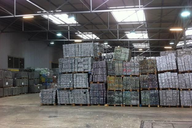 http://images.derstandard.at/t/M625/Movies/2012/17968/160112230040042_11_die-akte-aluminium_aufm2.jpg