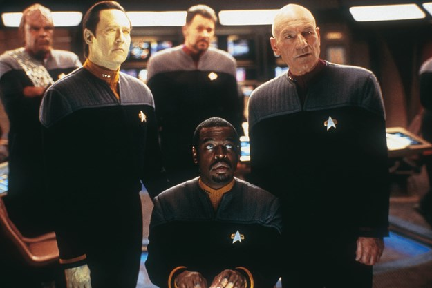 http://images.derstandard.at/t/M625/movies/2002/3442/160715223112128_10_star-trek-nemesis_aufm04.jpg