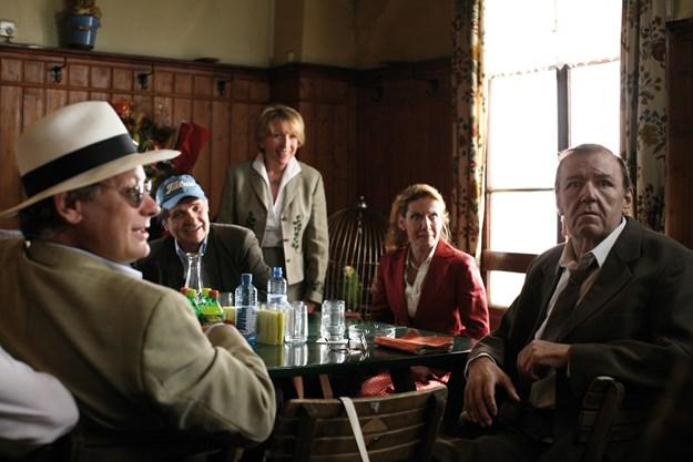 http://images.derstandard.at/t/M625/movies/2008/11684/160524130225090_20_echte-wiener-die-sackbauer-saga_aufm3.jpg