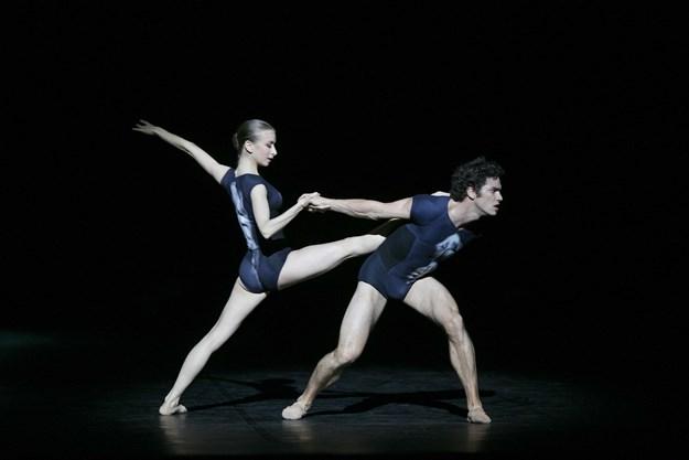 http://images.derstandard.at/t/M625/movies/2009/13287/170315223142079_16_la-danse-das-ballett-der-pariser-oper_aufm3.jpg