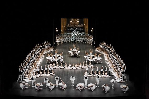 http://images.derstandard.at/t/M625/movies/2009/13287/170315223142598_15_la-danse-das-ballett-der-pariser-oper_aufm3x.jpg