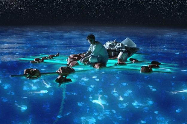 http://images.derstandard.at/t/M625/movies/2012/15815/160118160042520_17_life-of-pi-schiffbruch-mit-tiger_aufm2neu.jpg