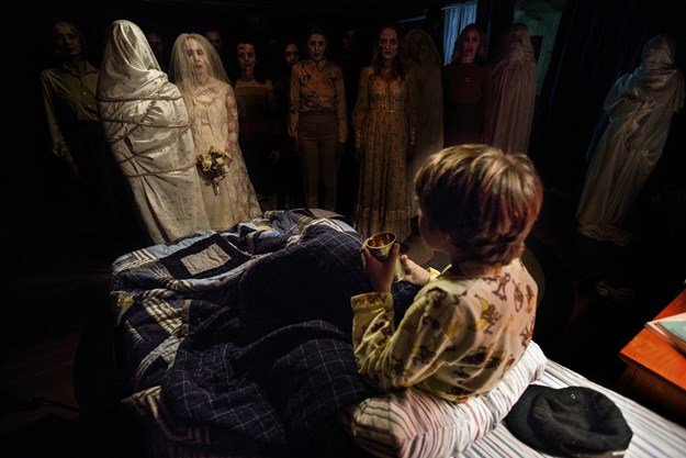 http://images.derstandard.at/t/M625/movies/2013/18262/160803223134806_8_insidious-chapter-2_aufm04.jpg