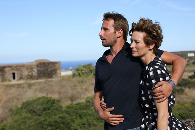 http://images.derstandard.at/t/M625/movies/2015/21211/160511223059023_8_a-bigger-splash_aufm03.jpg