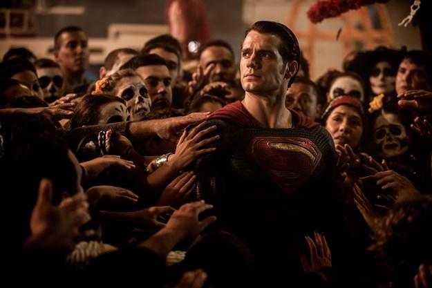 http://images.derstandard.at/t/M625/movies/2016/14547/160825223243168_11_batman-v-superman-dawn-of-justice_aufm02.jpg