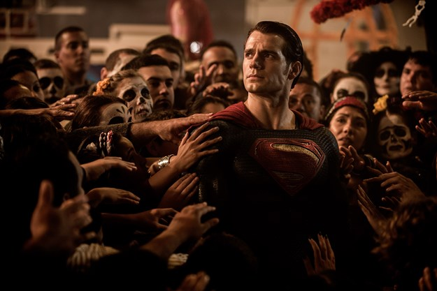 http://images.derstandard.at/t/M625/movies/2016/14547/170320223407935_20_batman-v-superman-dawn-of-justice_aufm02.jpg