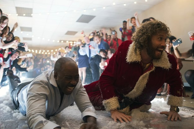 http://images.derstandard.at/t/M625/movies/2016/23963/170320223115681_9_office-christmas-party_aufm02.jpg