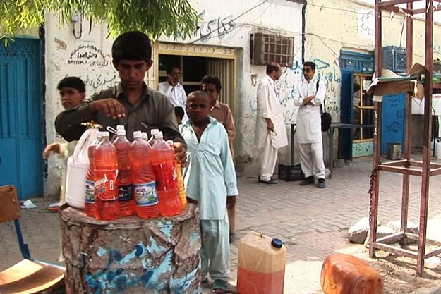 http://images.derstandard.at/t/M625/movies/2017/24653/170104223027990_7_die-liebenden-von-balutschistan_aufm03.jpg