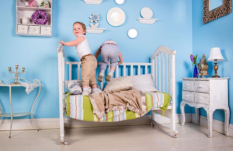 Kind Und Bett