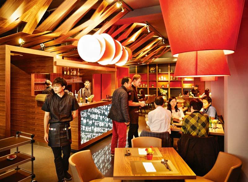 Sushi hat pause yori korean dining lokale im 1 bezirk for Design schule wien