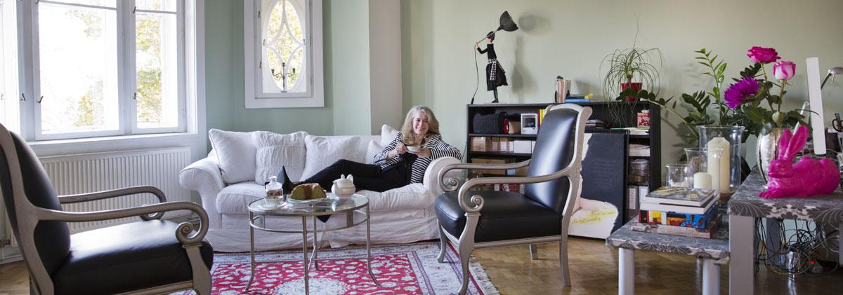ich hab sogar mein ikea regal vergoldet wohngespr ch immobilien. Black Bedroom Furniture Sets. Home Design Ideas