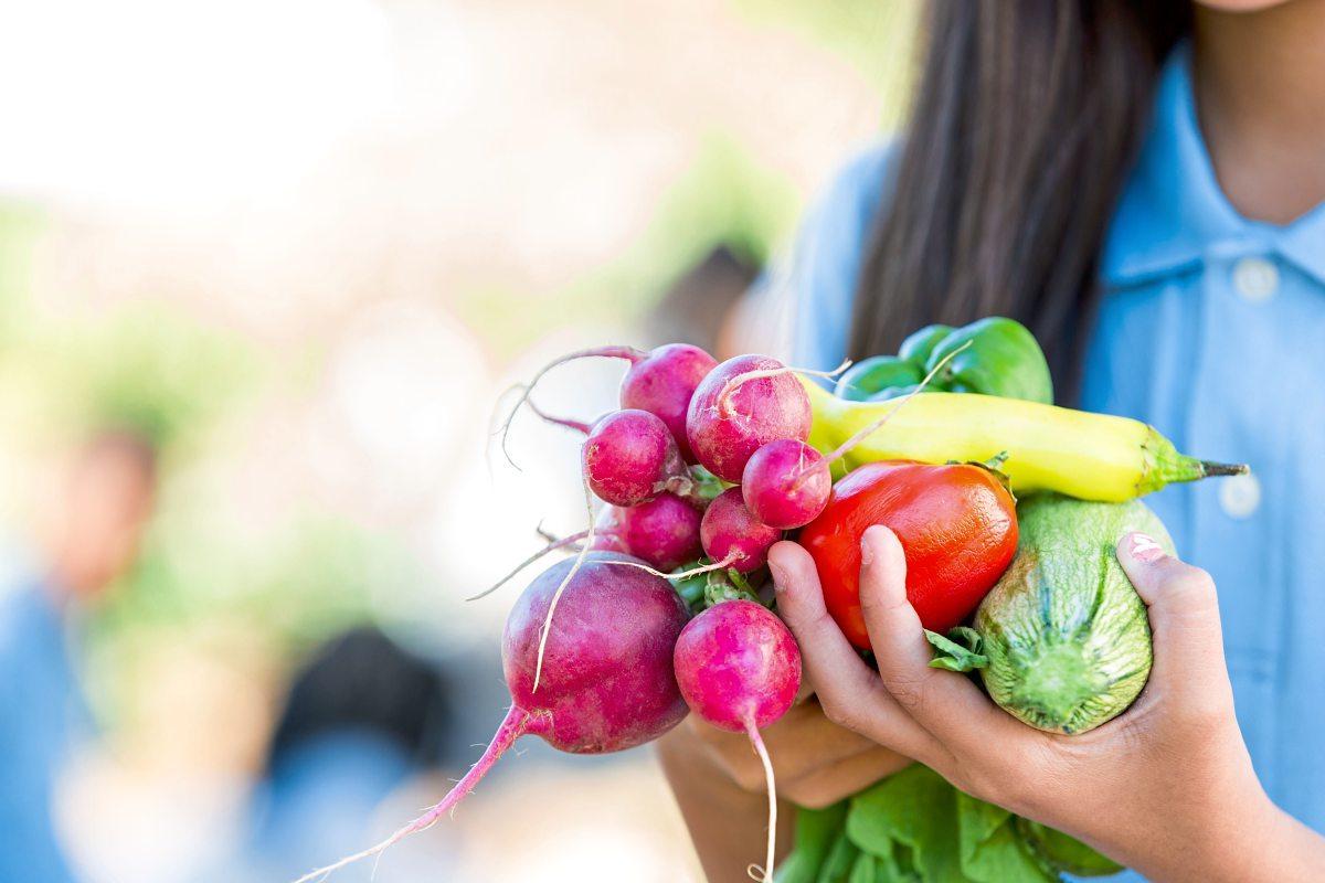 Wie Gemüse unseren Hautton beeinflusst