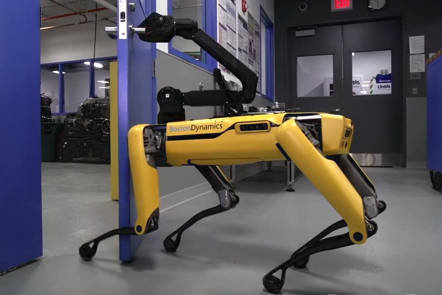 Boston Dynamics: Roboter können sich nun gegenseitig die Tür öffnen