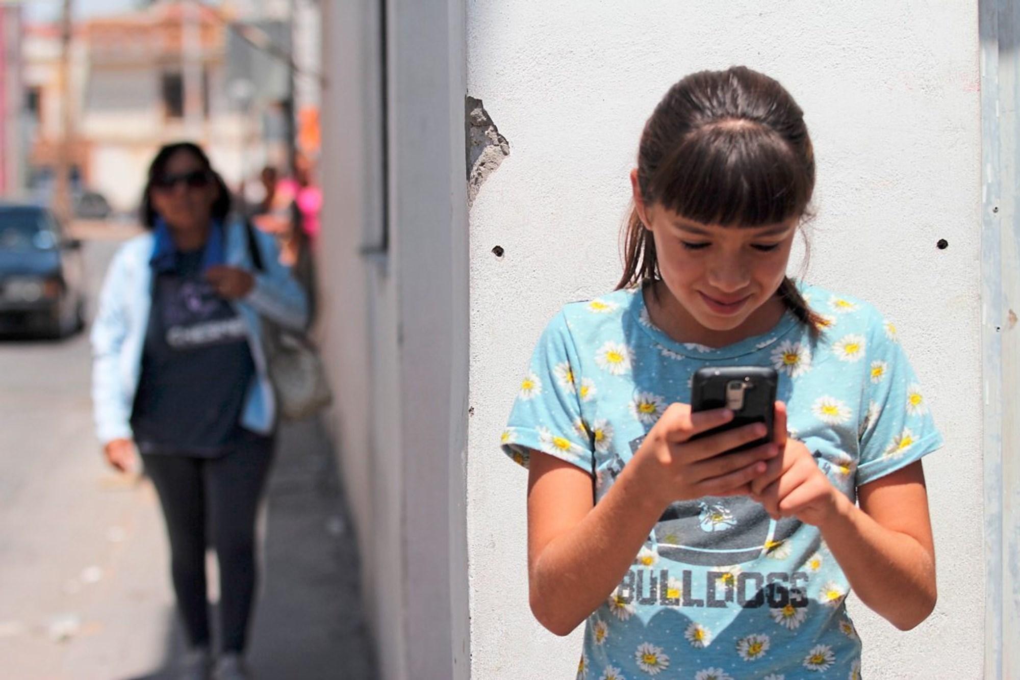 Neue Mode Neue Sommer 2019 Heißer Verkauf Blau Farben Baby Jungen Shorts Hosen Knie Länge Jungen Kurze Jeans Kinder Qualität Denim Regelmäßige Shorts Heller Glanz Mutter & Kinder