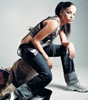 "Ms. Dynamite: ""A Little Deeper""Dance gegen Gangster"