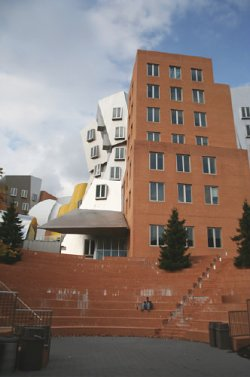 Teil des Massachusetts Institute of Technology: Ray and Maria Stata Center von Stararchitekt Frank Gehry.