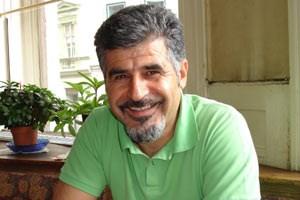 Ali Gedik ist gespannt auf den türkischen Wahlkampf, den er das erste Mal in der Türkei live miterleben kann.