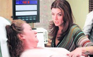 "Addison (Kate Walsh, re.) ordiniert ab jetzt in einer Privatklinik in L. A.: ""Private Practice"", ab Montag im ORF."