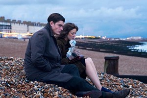 Zwei anno 1964 ein wenig Unzeitgemäße: Kleingangster Pinkie (Sam Riley) 